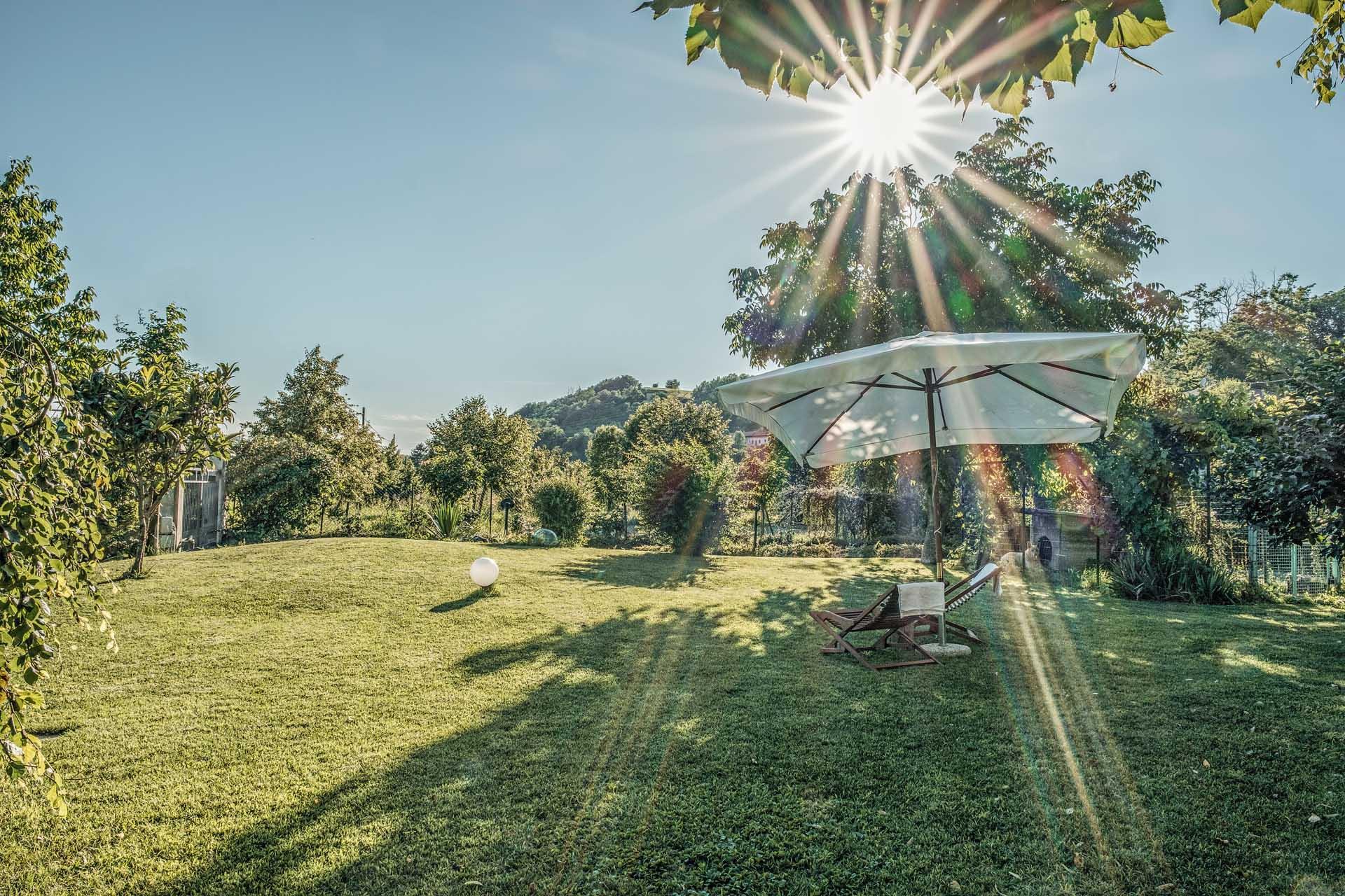 Giardino Villa Curte Nicia - Affitta camere a Nizza Monferrato