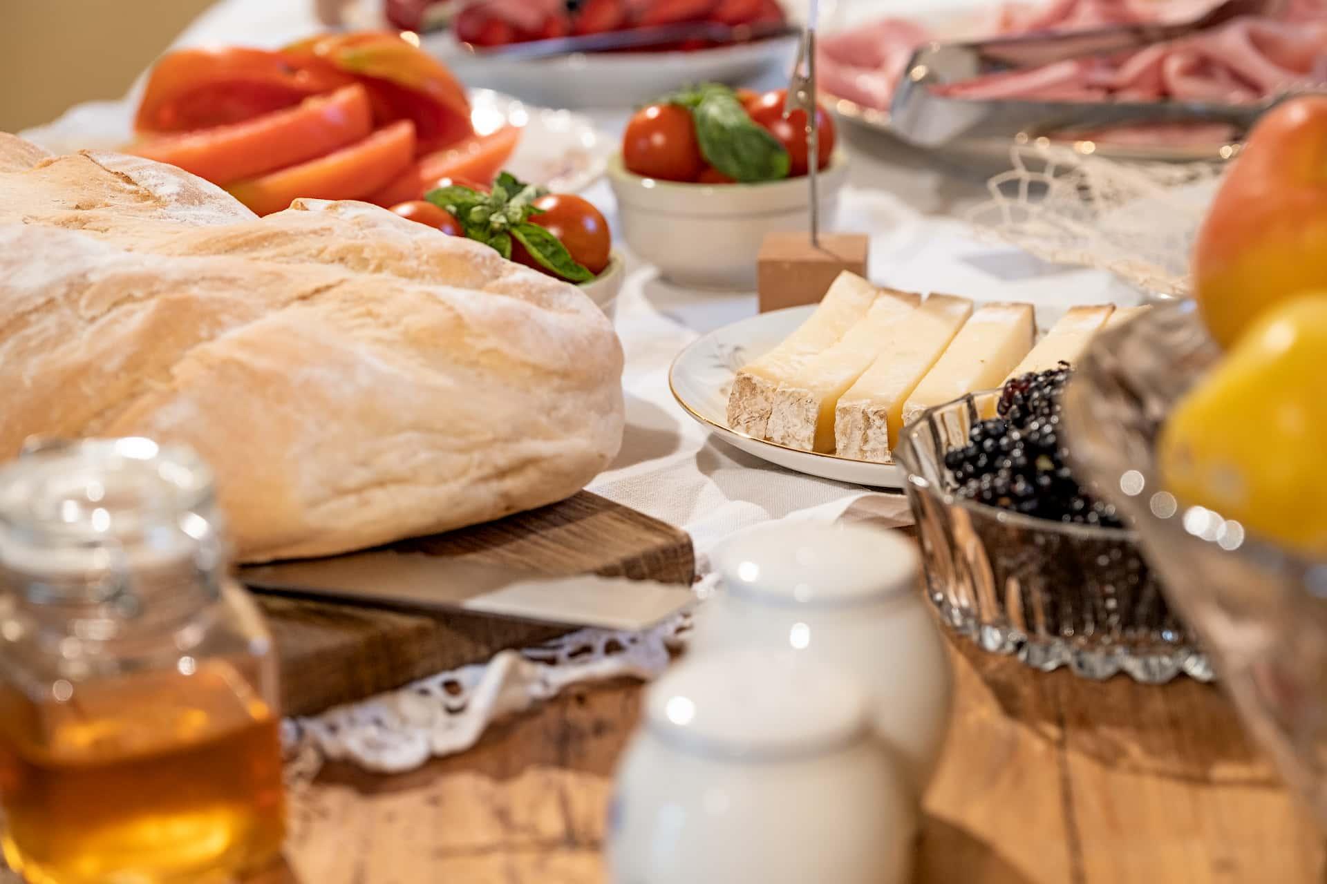 Villa-Curte-Nicia-colazione-formaggi